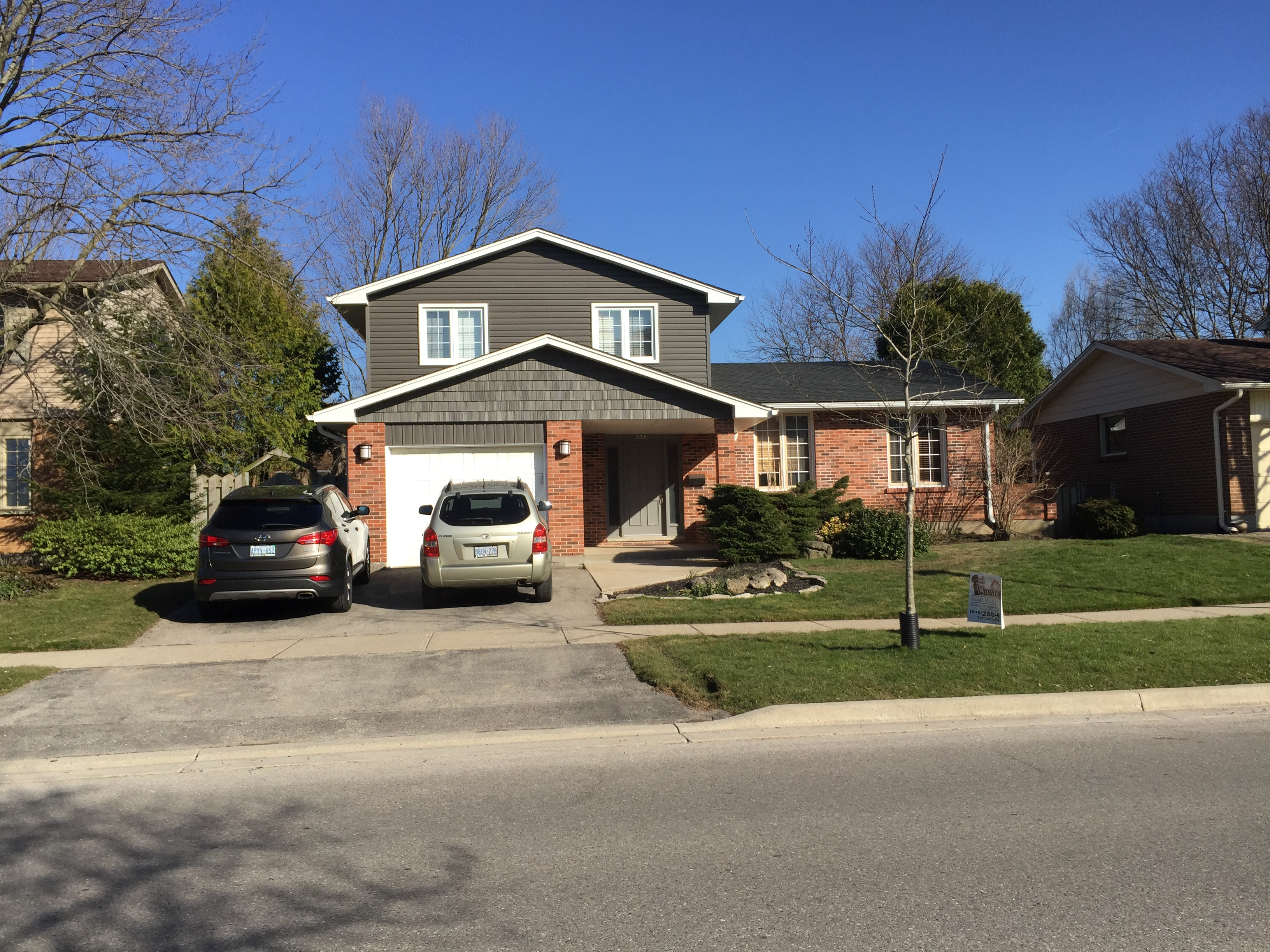 Vinyl And Shake Siding With New Roof