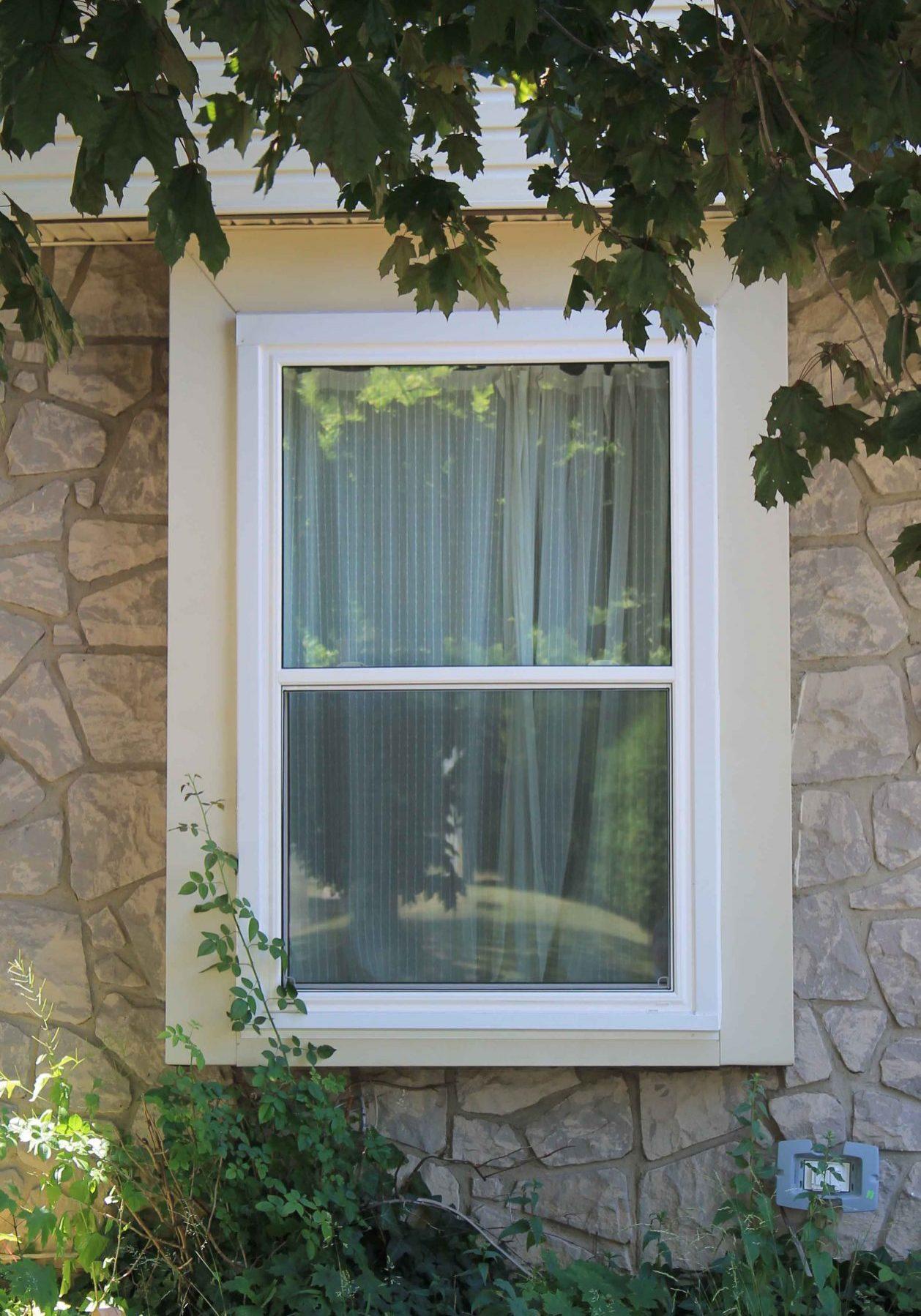 Single Hung Sliding Window